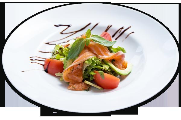Салат с лососем и соусом песто на Новый год 2018.